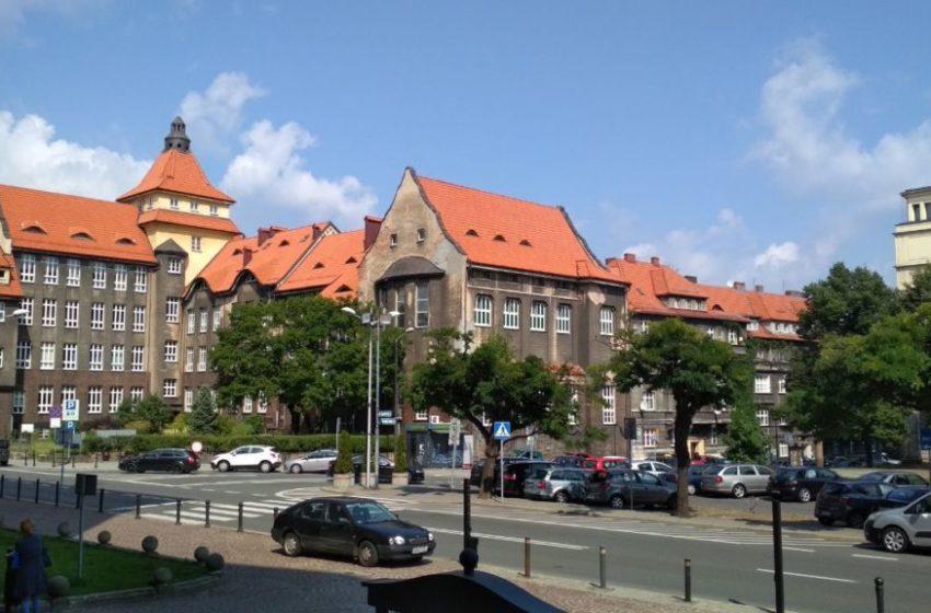 Як зробити книжку санепід (książeczka sanepid) в Польщі самому