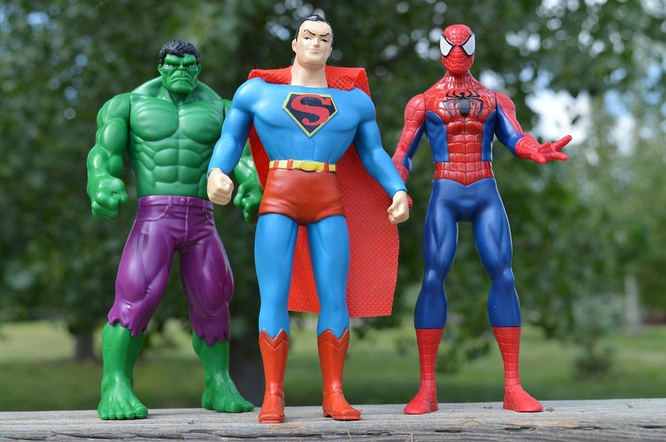 Щоб влаштуватись на роботу в Україні треба мати риси супергероя!